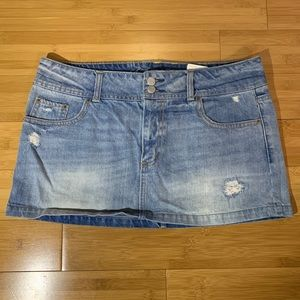 American Eagle Distressed Denim Mini Skirt Sz 12